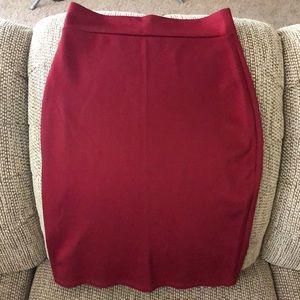 Sleek midi pencil skirt